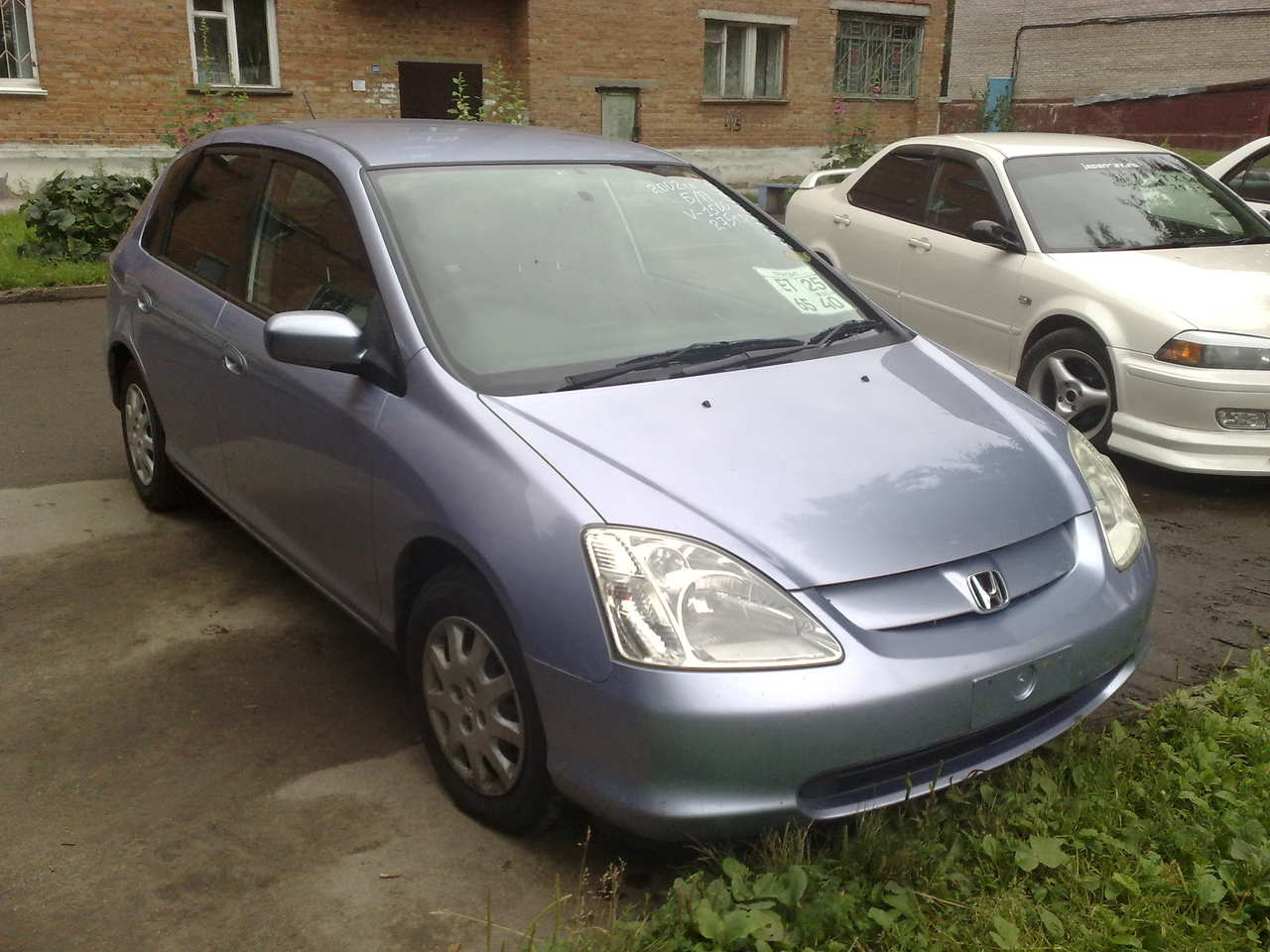 Honda Civic 1.5 2002 photo - 3