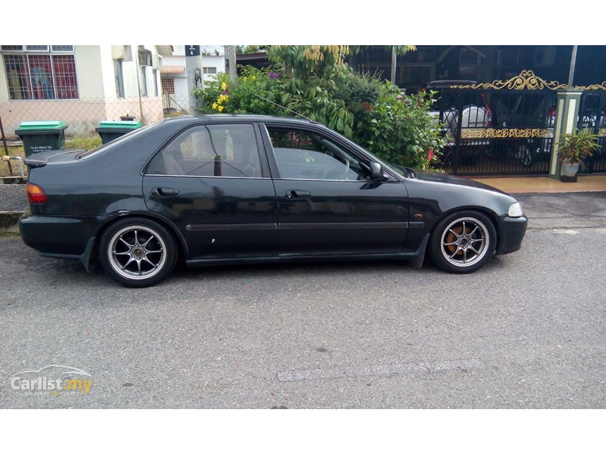 Honda Civic 1.6 1999 photo - 1