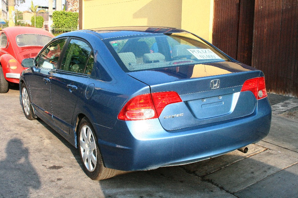 Honda Civic 1.6 2007 photo - 10