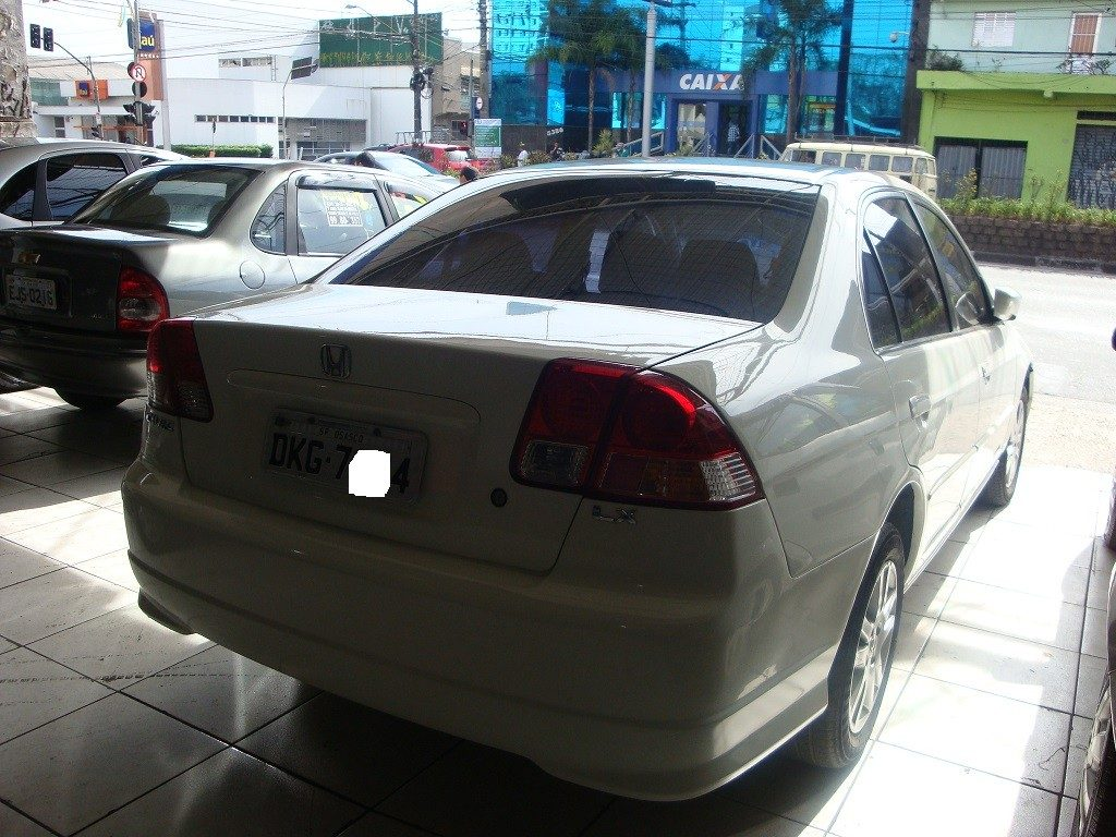 Honda Civic 1.7 2004 photo - 11