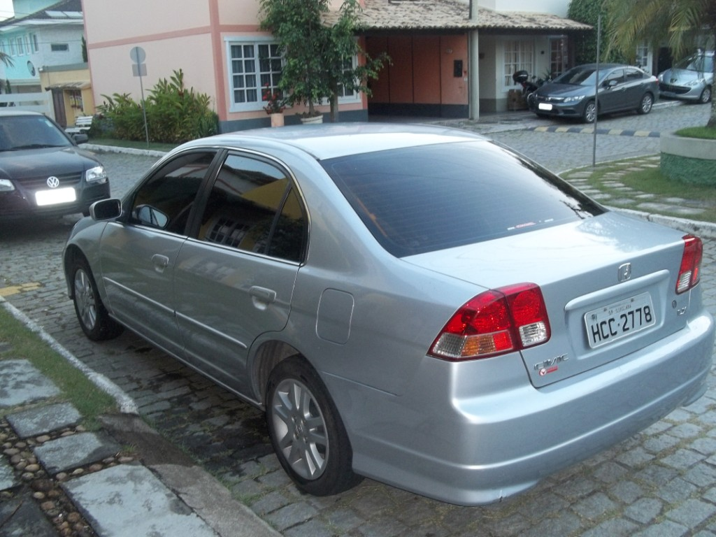 Honda Civic 1.7 2005 photo - 3