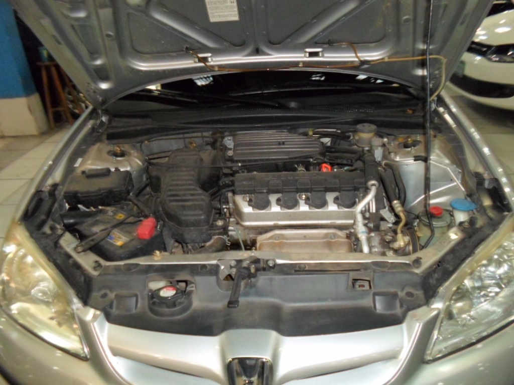 Honda Civic 1.7 2006 photo - 9
