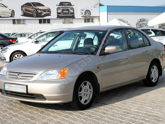 Honda Civic 1.8 2002 photo - 8