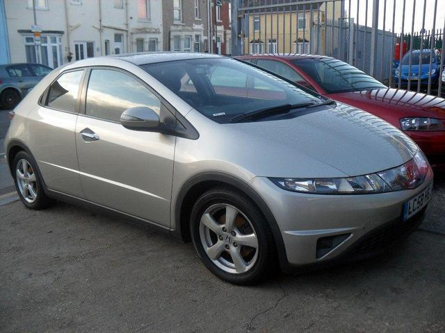 Honda Civic 2.2 2008 photo - 10