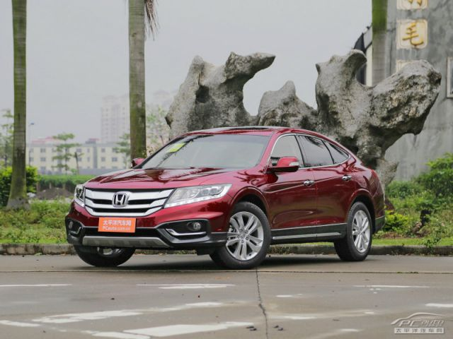 Honda Crosstour 2.4 2014 photo - 4