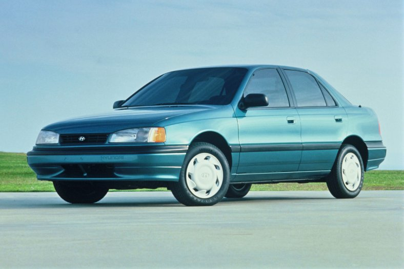 Hyundai Elantra 1.6 1992 photo - 6