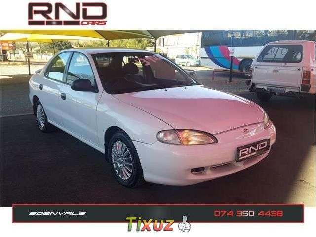 Hyundai Elantra 1.6 1997 photo - 9