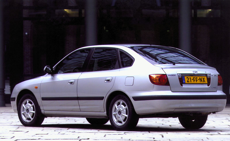 Hyundai Elantra 1.6 2000 photo - 12
