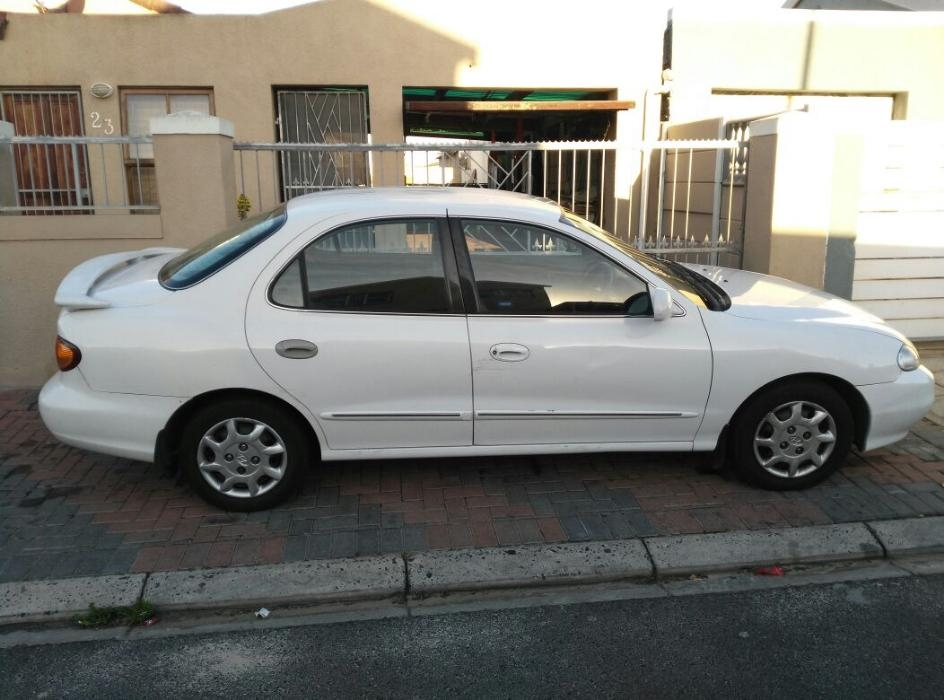 Hyundai Elantra 1.6 2000 photo - 5