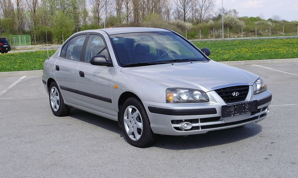 Hyundai Elantra 1.6 2000 photo - 9