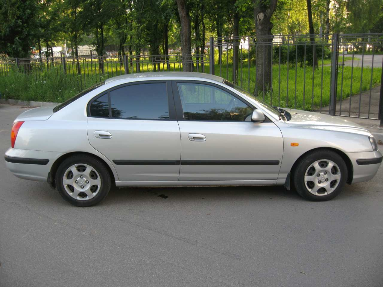Hyundai Elantra 1.6 2002 photo - 7