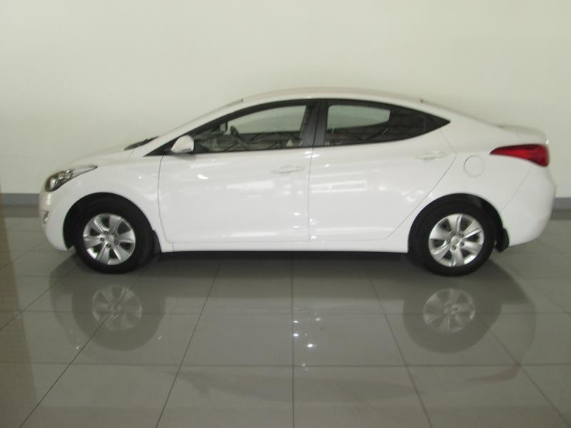 Hyundai Elantra 1.6 2012 photo - 5