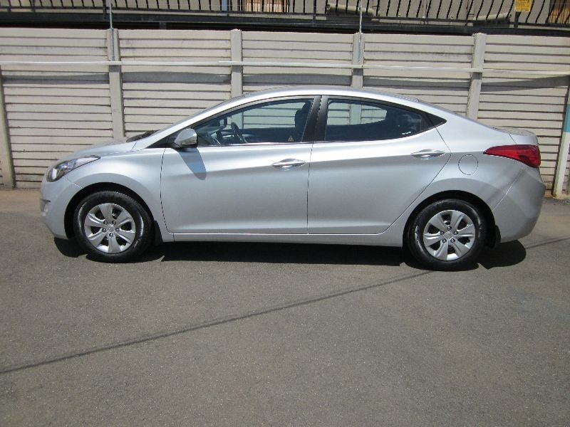 Hyundai Elantra 1.6 2012 photo - 6