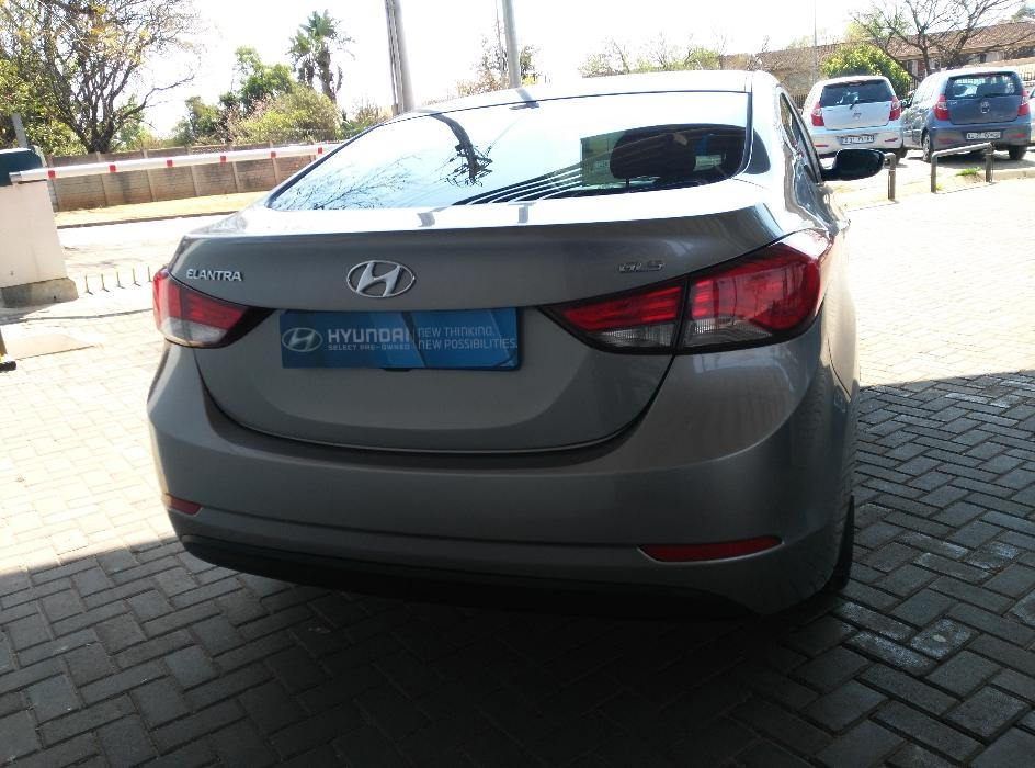 Hyundai Elantra 1.6 2014 photo - 12