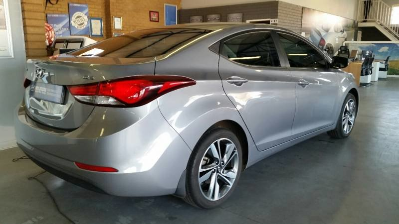 Hyundai Elantra 1.6 2014 photo - 9