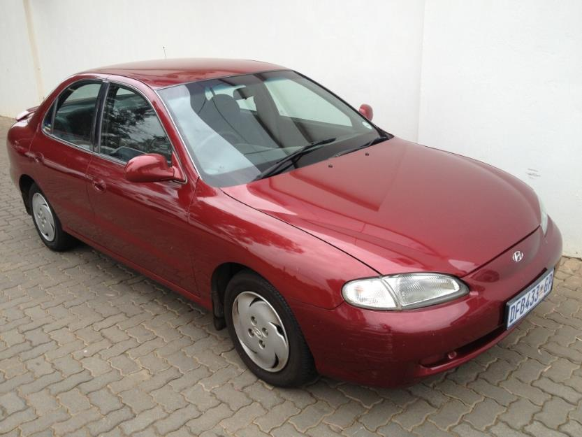 Hyundai Elantra 1.8 1995 photo - 5