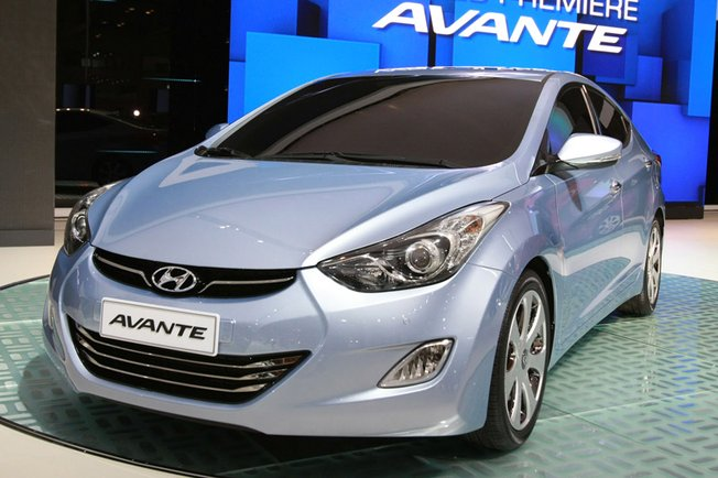 Hyundai Elantra 1.8 2010 photo - 10