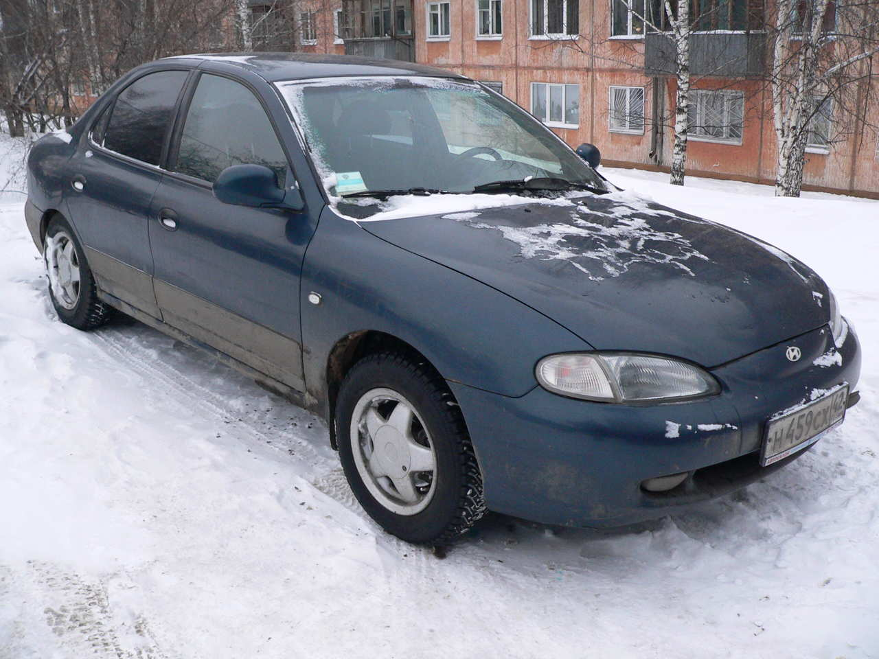 Hyundai Elantra 2.0 1996 photo - 1