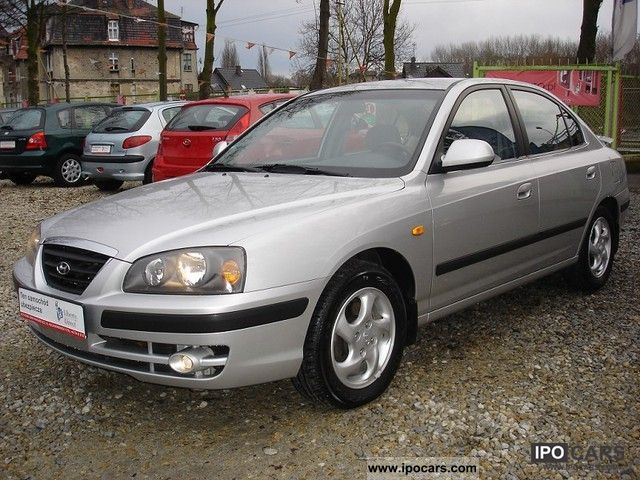 Hyundai Elantra 2.0 2003 photo - 4