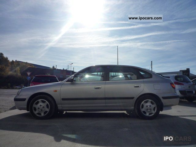 Hyundai Elantra 2.0 2003 photo - 5