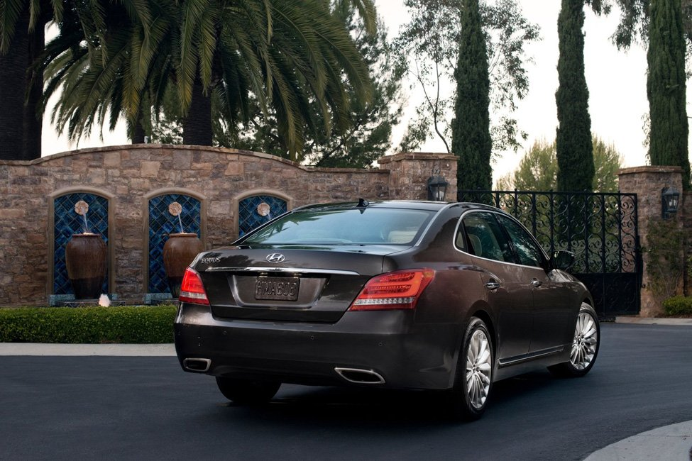 Hyundai Equus 4.5 2000 photo - 3