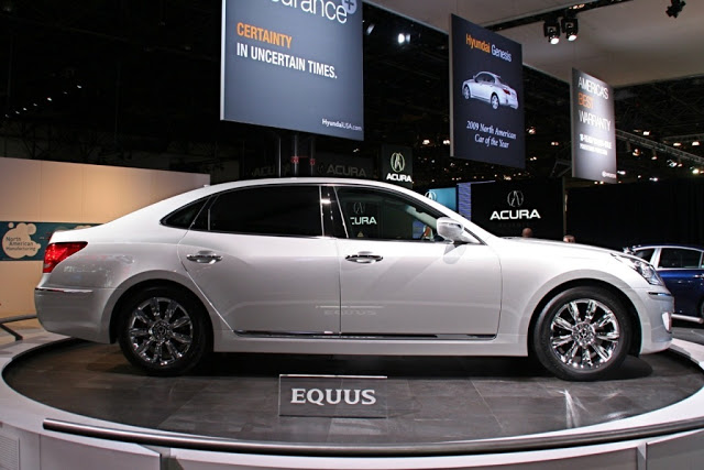 Hyundai Equus 4.6 2012 photo - 9