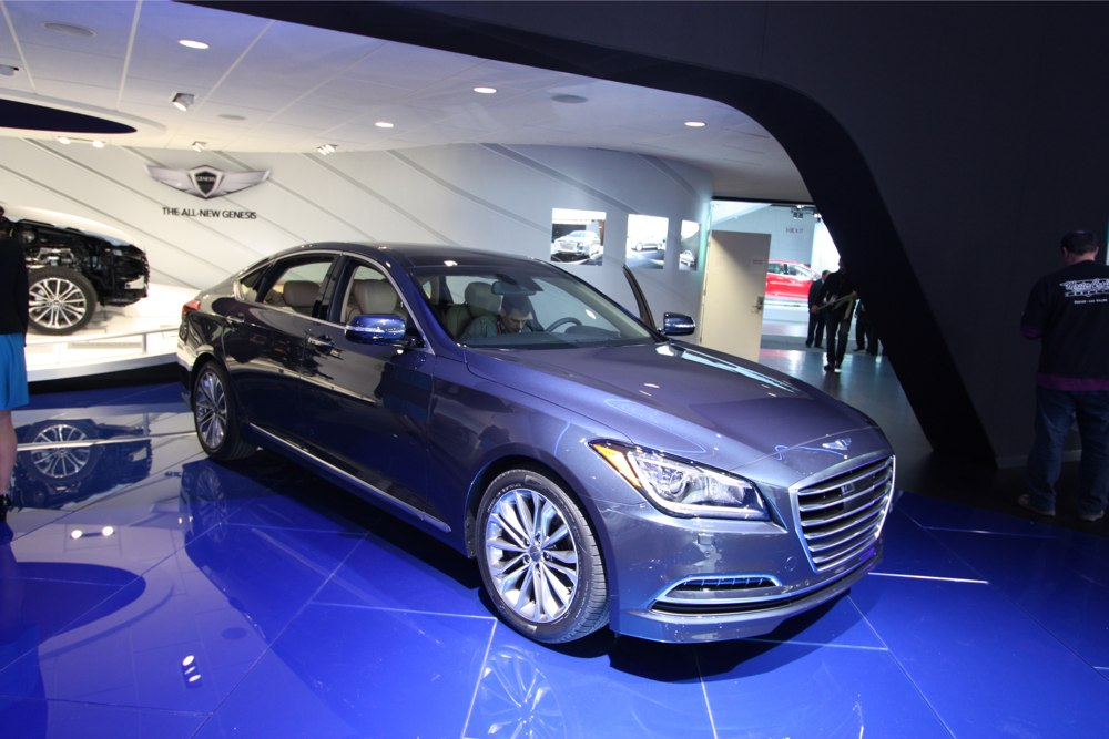 Hyundai Genesis 3.0 2014 photo - 11