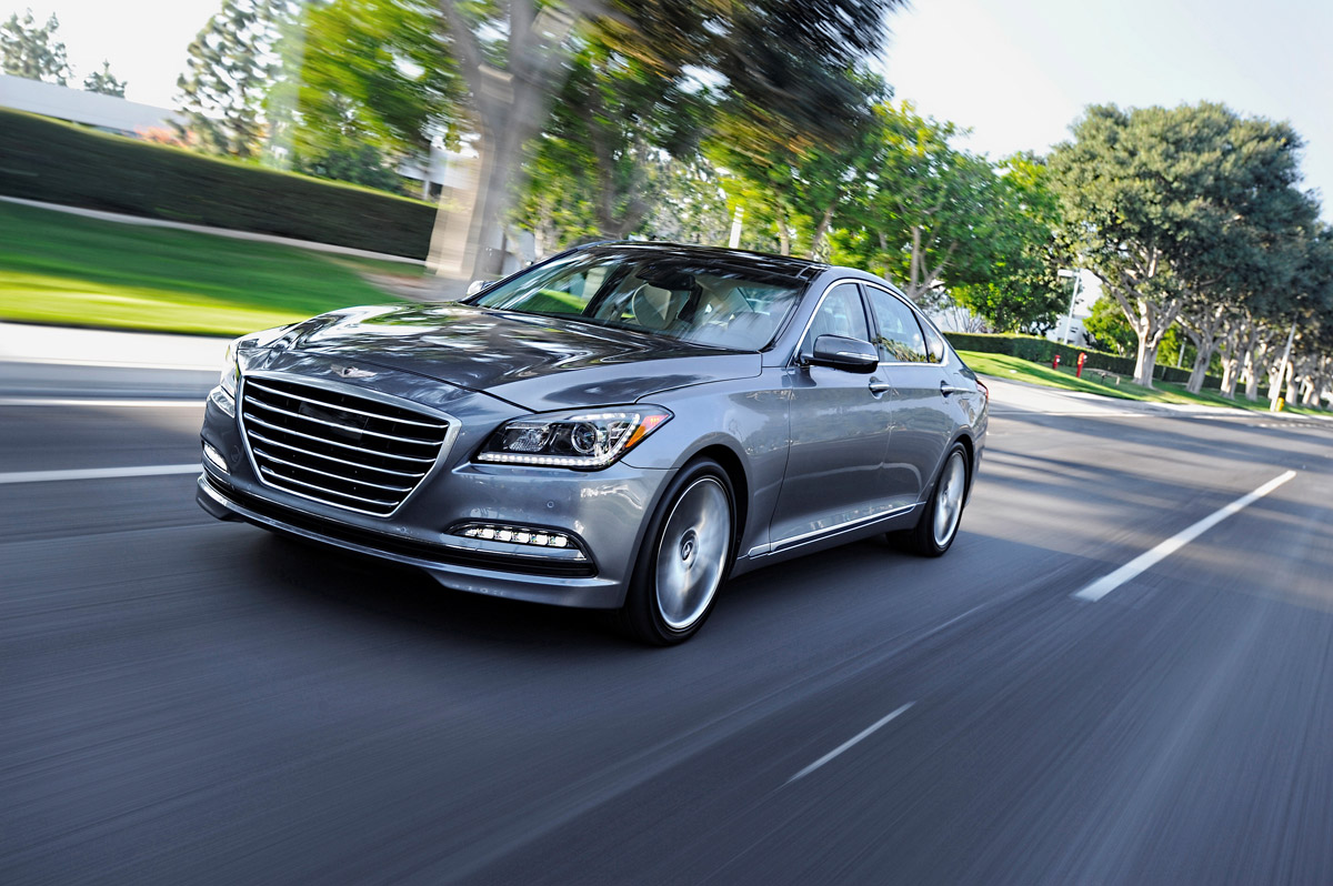 Hyundai Genesis 3.0 2014 photo - 2
