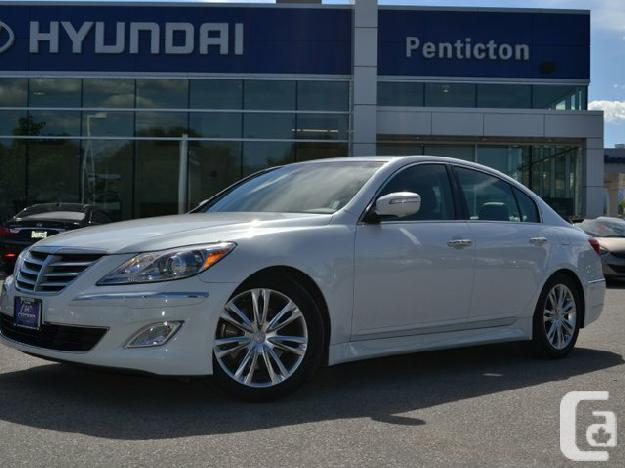 Hyundai Genesis 3.8 2012 photo - 5