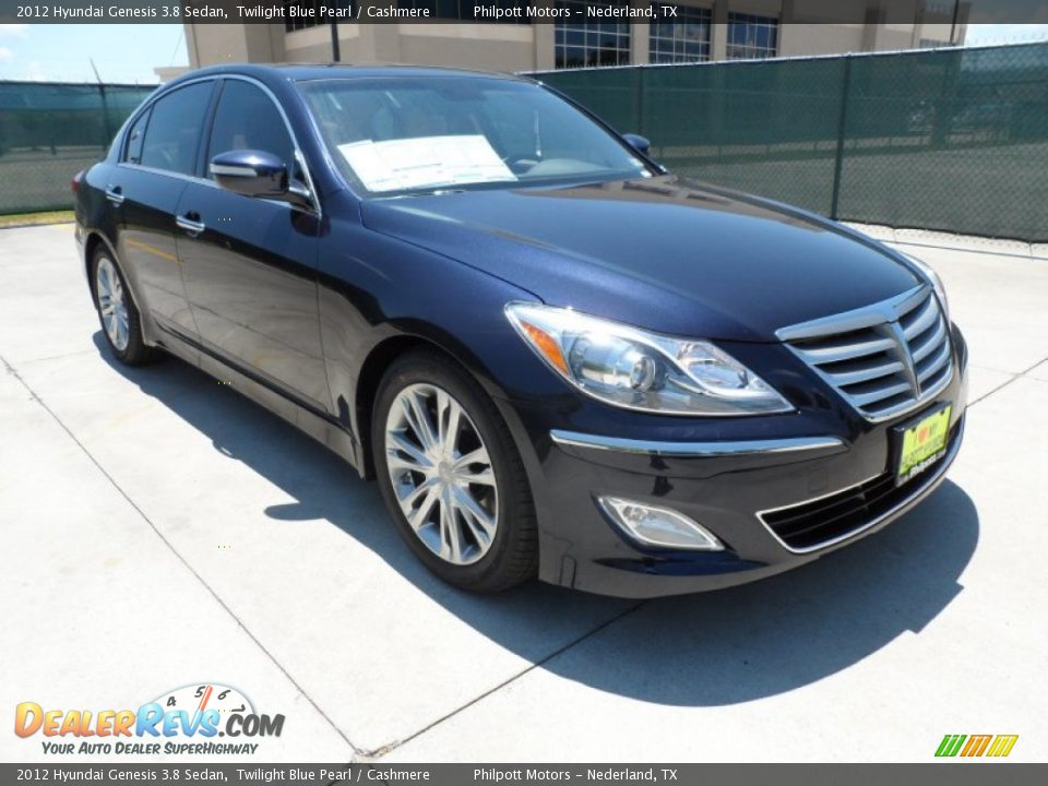 Hyundai Genesis 3.8 2012 photo - 7