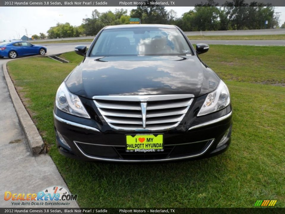 Hyundai Genesis 3.8 2012 photo - 8
