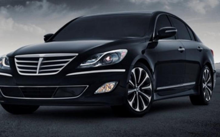 Hyundai Genesis 3.8 2012 photo - 9