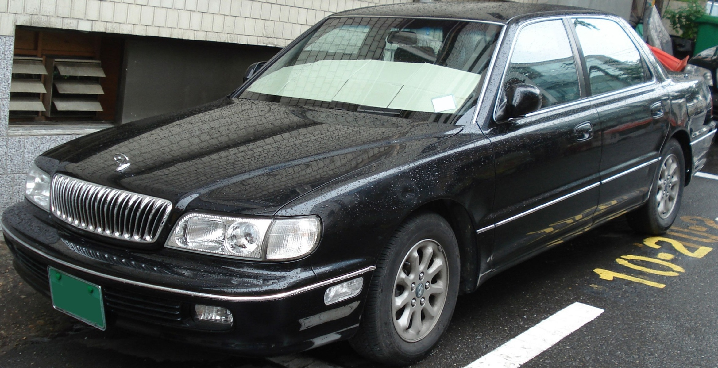 Hyundai Grandeur 2.4 1992 photo - 1