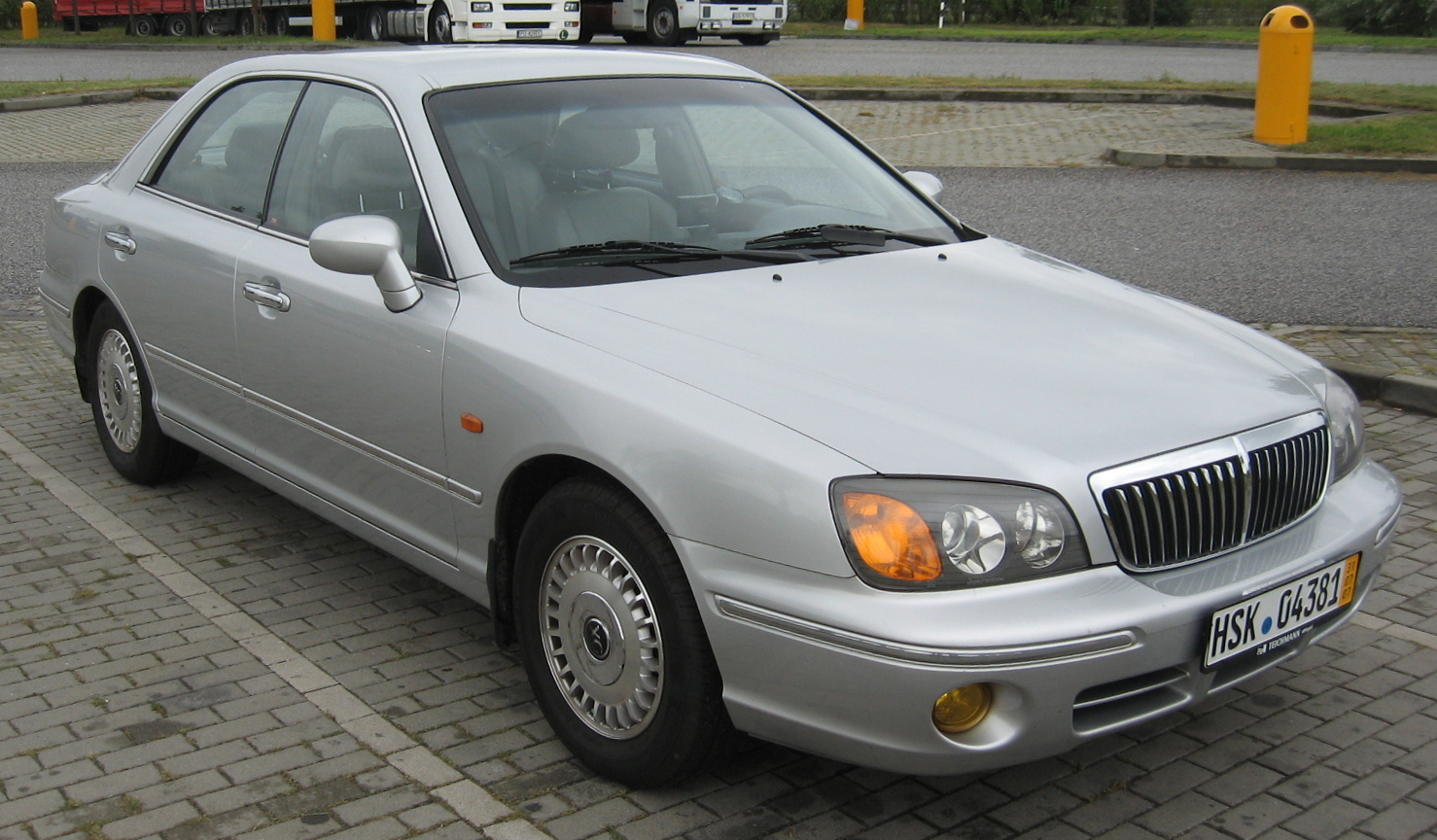 Hyundai Grandeur 2.4 1992 photo - 9