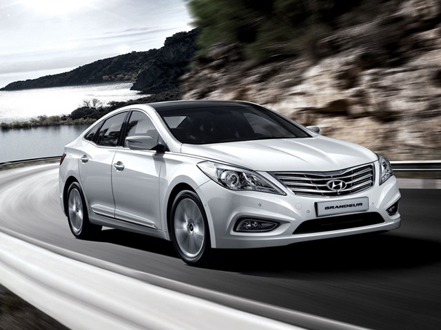 Hyundai Grandeur 2.4 2011 photo - 2