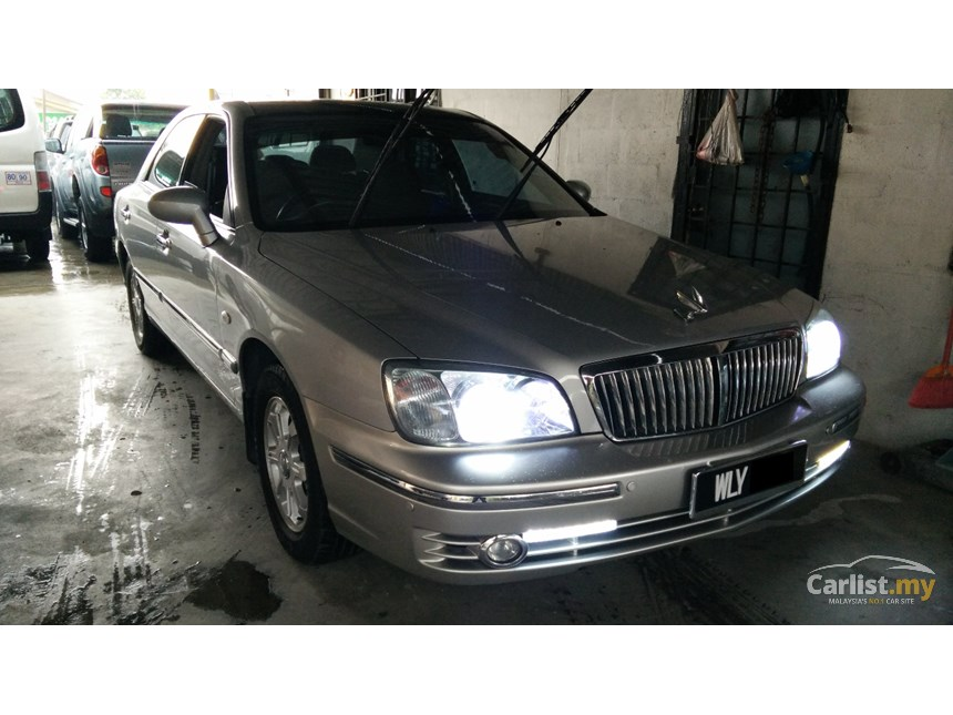 Hyundai Grandeur 2.5 2003 photo - 2