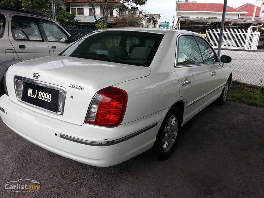 Hyundai Grandeur 2.5 2003 photo - 3