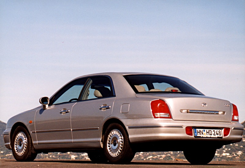 Hyundai Grandeur 3.0 1999 photo - 8