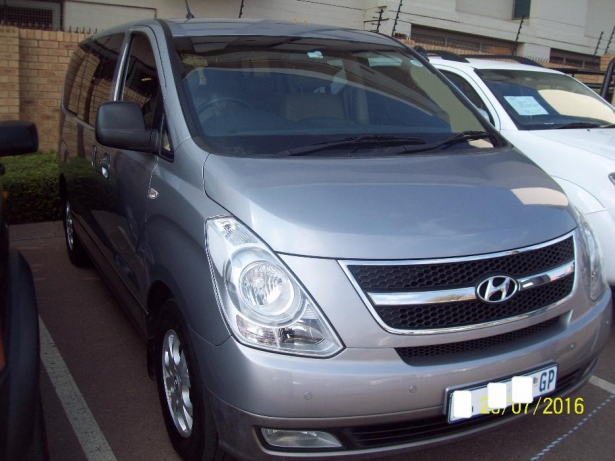 Hyundai H-1 2.4 2006 photo - 10