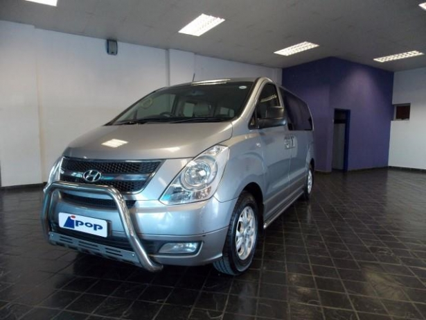 Hyundai H-1 2.4 2006 photo - 5