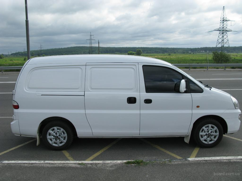Hyundai H-1 2.4 2006 photo - 6