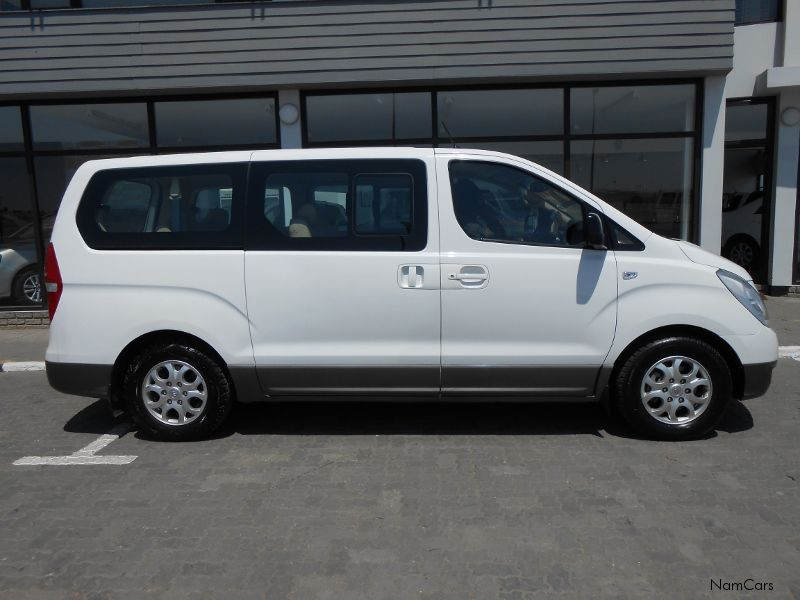 Hyundai H-1 2.4 2006 photo - 7