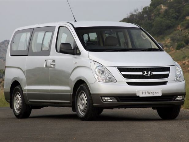 Hyundai H-1 2.4 2009 photo - 1
