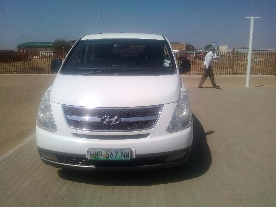 Hyundai H-1 2.4 2009 photo - 5