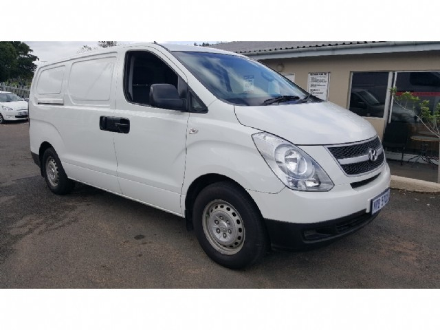 Hyundai H-1 2.4 2009 photo - 7