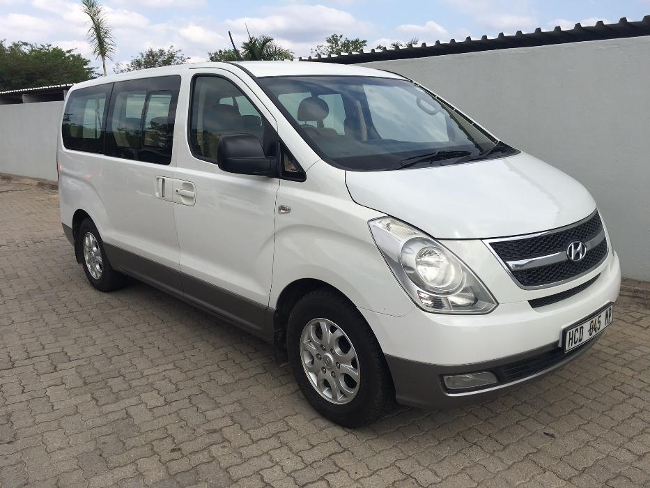 Hyundai H-1 2.4 2013 photo - 5
