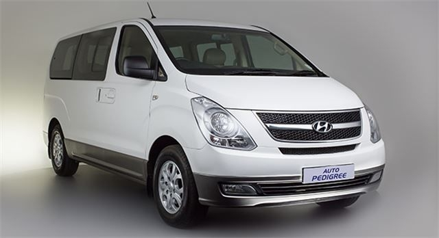 Hyundai H-1 2.4 2014 photo - 1