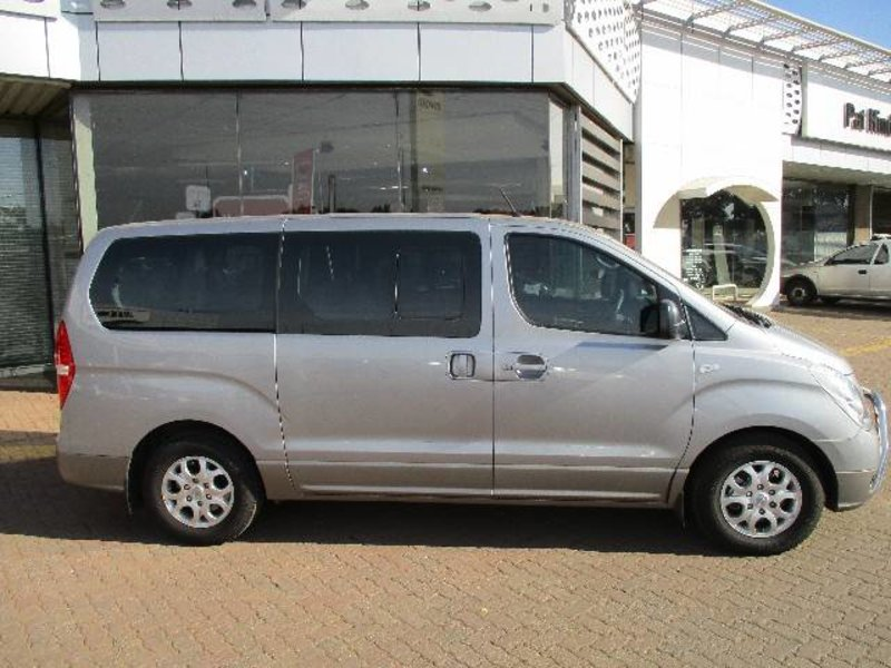 Hyundai H-1 2.4 2014 photo - 5