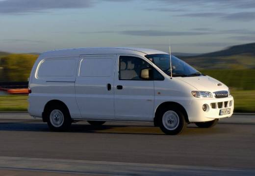 Hyundai H-1 2.5 2006 photo - 10