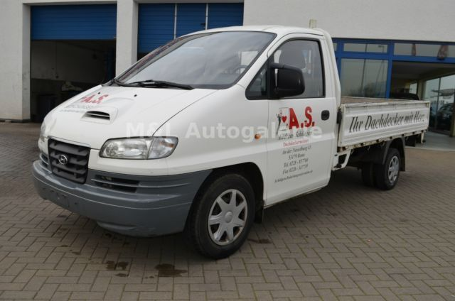 Hyundai H-1 2.5 2006 photo - 6